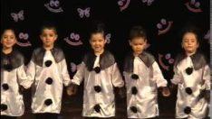 Kukla Dansı Gösterisi