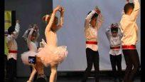 Küçük Tırtıl Anaokulu Bale Gösterisi