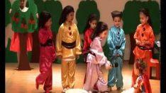 Bizimevler 2 Anaokulu İngilizce Tiyatro Gösterisi