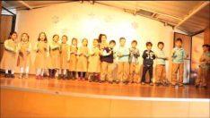 Medeniyet Okulları İngilizce Gösterisi