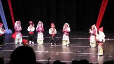 Gülümse Anaokulu Halk Oyunları Gösterisi