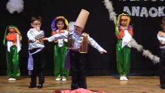 İpekböceği Anaokulu Halk Oyunları Gösterisi
