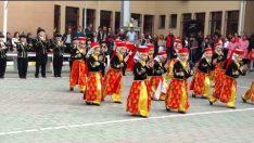 23 Nisan Halk Oyunları Gösterisi