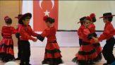 Anaokulu İspanyol Dansı Gösterisi