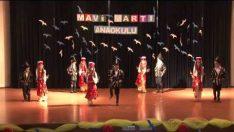 Mavi Martı Anaokulu Halk Oyunları Gösterisi
