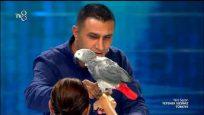Alper Show'un Papağanlı Gösterisi