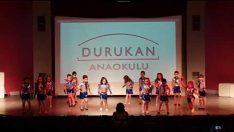 Anaokulu Modern Dans Gösterisi