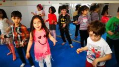 Anaokulu Yılsonu Gösterisi Dansı Modern Dans