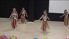 Miçolar Sınıfı Modern Dans Gösterisi