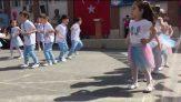 Anasınıfı 23 Nisan Dans Gösterisi