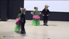 Kelebekler Sınıfı Modern Dans Gösterisi