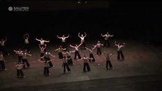 Modern Dans Gösterisi (Set Bird Free)