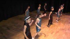 Profesör Adımlar Latin Dansı ( 2017 2018) İpekböceği Anaokulu