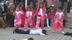 23 Nisan Çanakkale Gösterisi