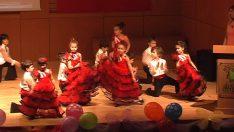 23 Nisan İspanyol Dansı Gösterisi
