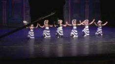 Meksika Dansı Bale Gösterisi